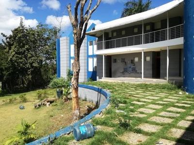 Terreno Con Edificio De 3 Niveles, 51,520m2, Sdn