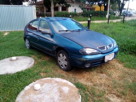 Renault Megane Ano 2000 Com Gnv