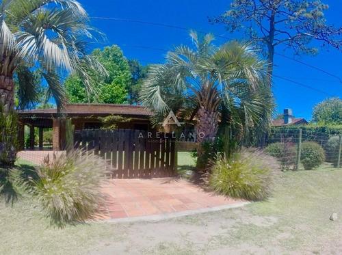 Venta Casa 3 Dormitorios Jardines De Córdoba - Punta Del Este- Ref: 224