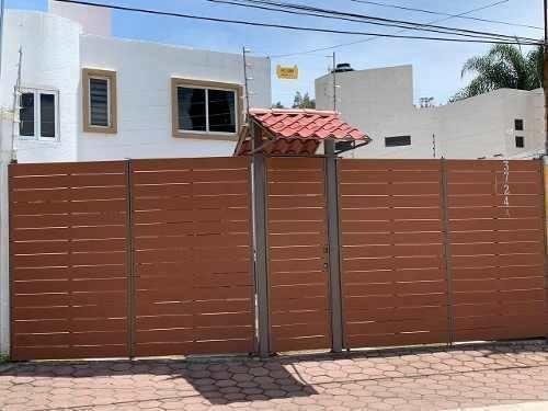 Casa En Venta En Zerezotla Con Vista Al Cerro Zapotecas