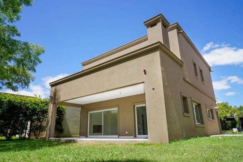 Venta - Casa A Estrenar En Las Orquideas - Bayugar Negocios Inmobiliarios