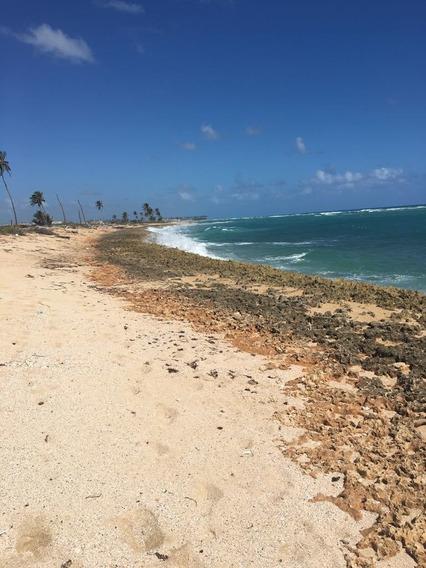 Venta De Terreno En Uvero Alto Con Frente A Playa