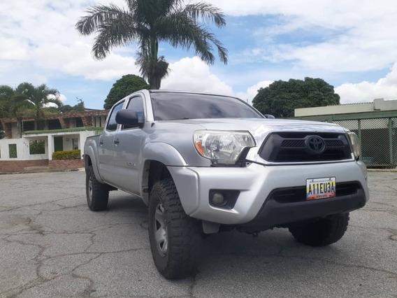 Toyota Tacoma 4x4 Año 2012 19.500$