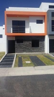 Se Vende Casa En Palazzo Residencial, El Refugio