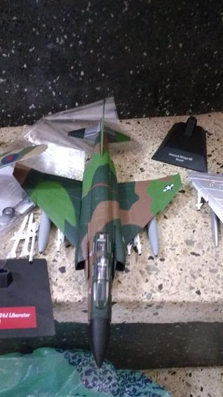 Miniaturas Avião Caça