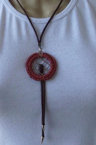 Colar Mandala Em Crochê Na Cor Marrom Terracota