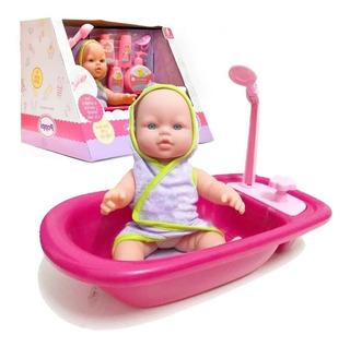 Muñeca Bebe Poppi Mi Primer Bañito Sofi Con Accesorios 30cm
