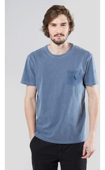 Camiseta Bolso Gota Pica-pau Bordado Reserva