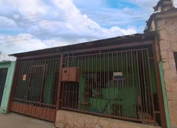 Comercial En Venta Barquisimeto Lp Flex N° 20-2740