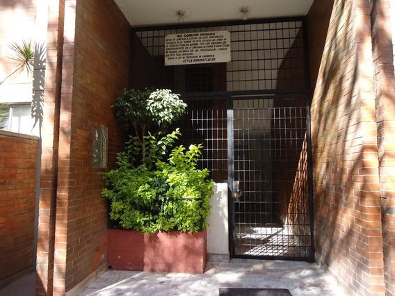 Departamento Con Una Excelente Ubicación En La Ciudad.