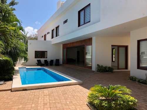 Casa En Venta Residencial Selvamar Playa Del Carmen