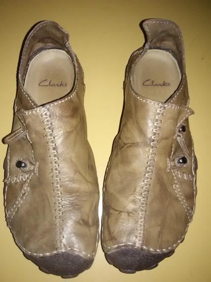 Zapatos Clarks Original! Momo Spirit 2 41 Uk7g Poco Uso