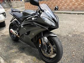 Moto Yamaha R6 Modelo 2016 Km 1300 Excelente Estado