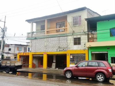 Casa G I G A N T E 300m² + Apartamentos + Zona Comercial
