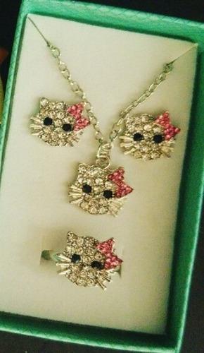 Hello Kitty Set Collar + Aretes + Anillo Cristales Con Caja