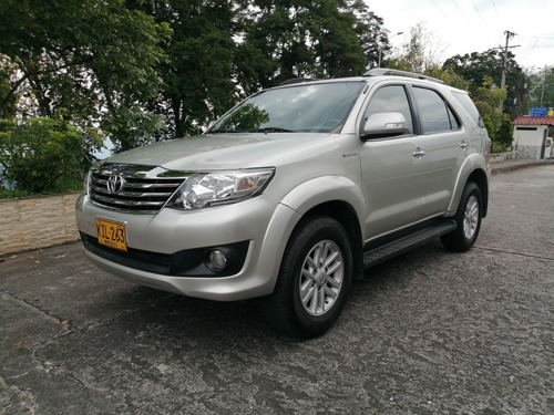Toyota Fortuner 2.7 Automatica 4x2
