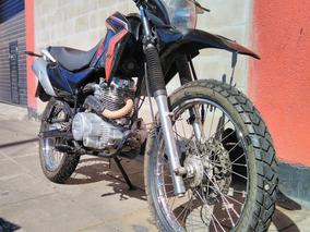 Moto Usada Corven Triax 200 Impecable Negra 14000 Km - Rvm