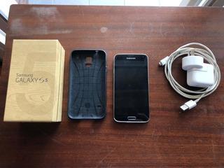 | Samsung Galaxy S 5 | Negro | 16 Gb | Funda + Parlante |