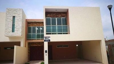 Casa Nueva, Fracc. Lomas Diamante, Alvarado, Ver.