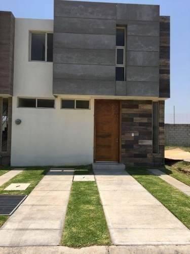 Casa En Venta En La Moraleja, Zapopan