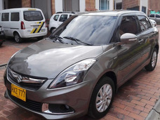 Suzuki Swift Dzire, Muy Economico 55kms/gl. Negociable.