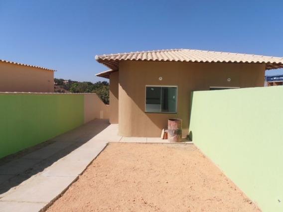 Casa Geminada Com 2 Quartos Para Comprar No Dumaville Em Esmeraldas/mg - 1109