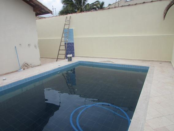 594-asa A Venda Com 300 M² 3 Dormitórios Sendo 1 Suíte.