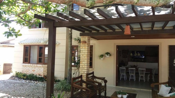 Casa Maravilhosa A Poucos Metros Da Areia Na Praia Da Pinheira - Ca1100