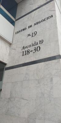 Oficinas En Arriendo Santa Barbara 613-388