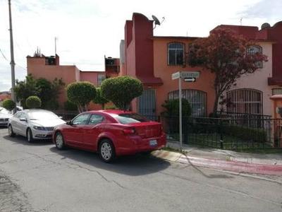 Casa En Renta En Villas Atlixco 1a Sección, San Andrés Cholula, Puebla.