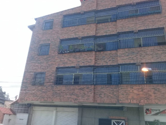 Se Alquila Apartamento En La Cooperativa 04241765993