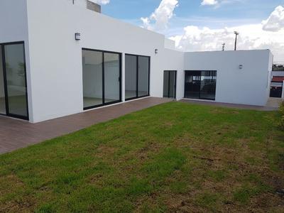Casa Nueva De 1 Solo Piso En Juriquilla