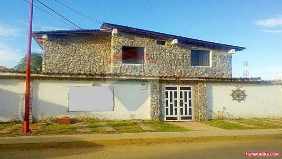 Remax Costa Azul Vende Posada En Chichiriviche Playa Sur