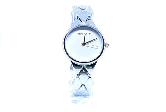 Relógio Feminino Prateado Delicado Rebirth Fundo Branco