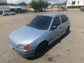 Toyota Starlet Año 98
