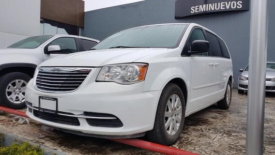 Chrysler Town & Country 3.6 Li. Aut.