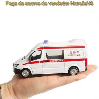 Miniatura Do Mercedes Sprinter Ambulância 1:36 Branca