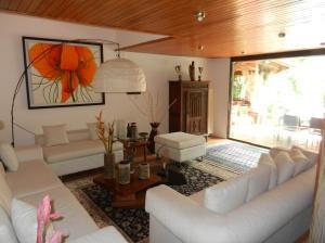 Alquiler De Preciosa Casa En Los Palos Grades / Ac 21-3364