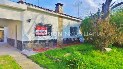 Alquiler Anual, Casa Reciclada A Nuevo, Las Toscas, 2 Dorm.