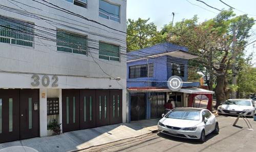 Imagen 1 de 10 de Preciosa Casa En Coyoacan Amp