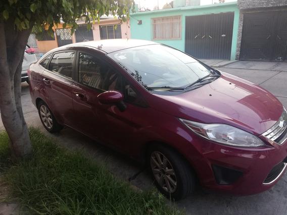 Ford Fiesta Equipado