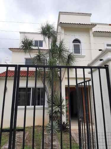 Casa Centrica En Renta En Cancún