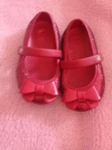 Zapatillas -- Crocs-- Usadas En Perfecto Estado Talla 5