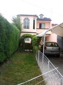 Hermosa Casa Remodelada Con Amplio Jardin