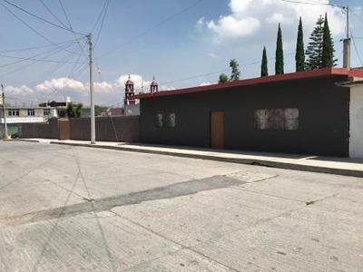 Casa Y Terreno Con Una Excelente Ubicación En Mixqiahuala