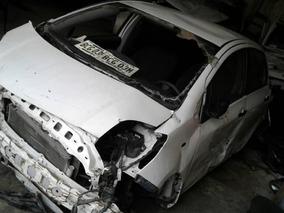 Toyota Yaris Automático 1.3 2008