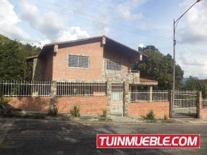 Casa En Venta En Carialinda Valencia 19-16975 Valgo