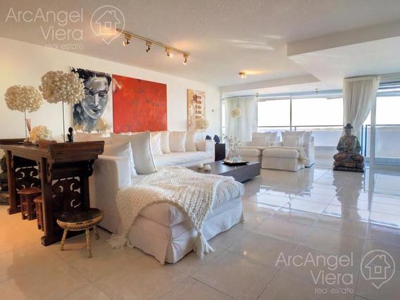 Departamento En Alquiler Anual, En Venta Frente Al Mar , Beverly Tower ,playa Mansa
