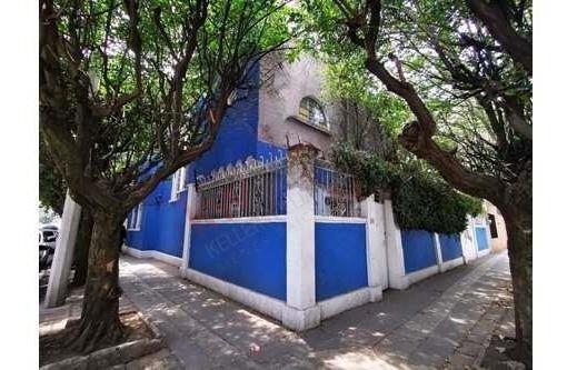 Se Renta Casa Con Patio Ubicada En La Colonia Guadalupe Inn