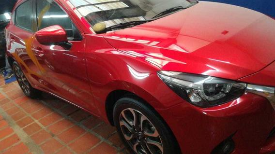 Mazda 2 Gran Touring 2017 Rojo Mistico